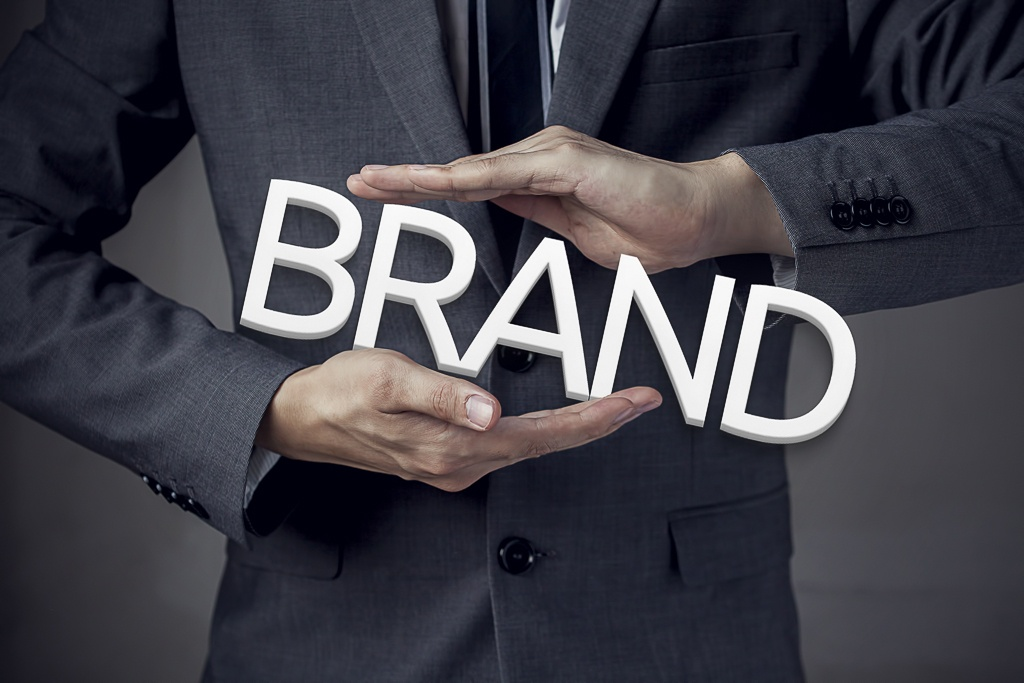 Five Crucial Tips for Building Your Personal Brand