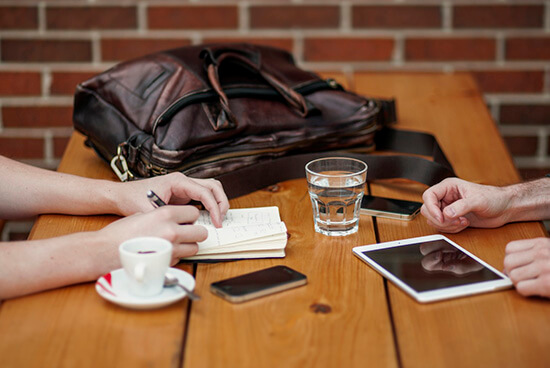 Five Networking Conversations You Need to Have Before 2016 Ends